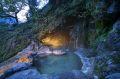 天然洞窟露天風呂外観.jpg